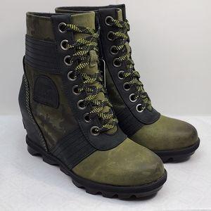 Sorel lexie wedge green camo hiking boots